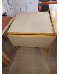 Artek harmaa klaffipöytä 76x76x67 +35cm jatkopala